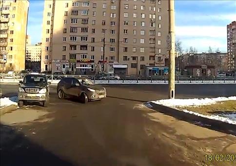 Russland: Langsam anfahren in der Fahrschule