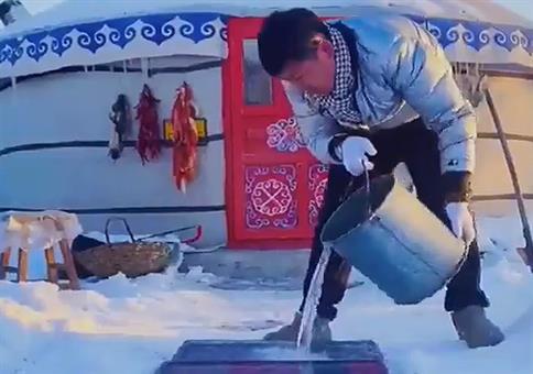 Sich aus Eis einen Naturkühlschrank basteln