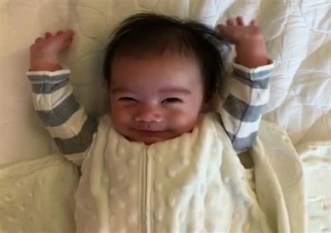 Hände hoch Baby!