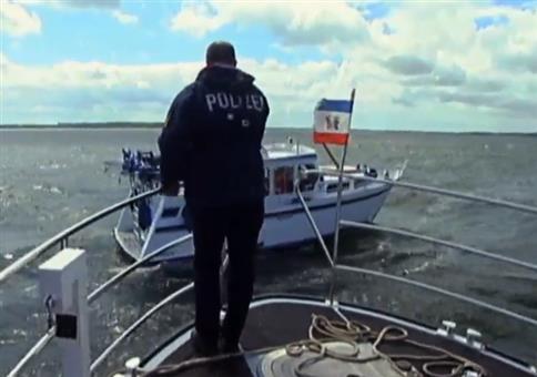 Wie haben Probleme mit der Lenkung von unserem Boot!