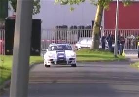 Porsche 911 PSR kriegt die Kurve nicht