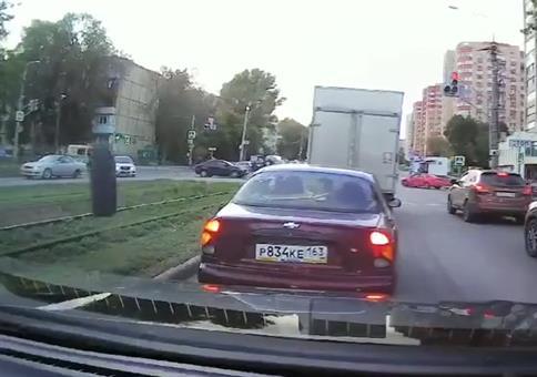 Da kommt ein Reifen geflogen!
