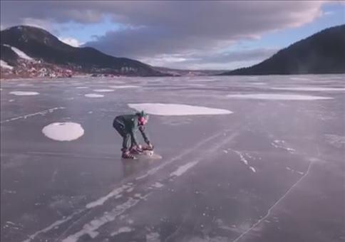 Mit der Kettesäge Schlittschuhlaufen