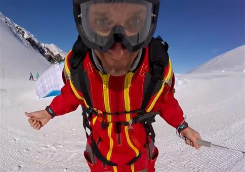 Neulich beim Paragliding: Ok! Looking good!
