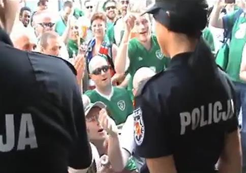 Irische Fußballfans in Polen