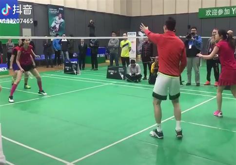 Kleiner Trick beim Badminton