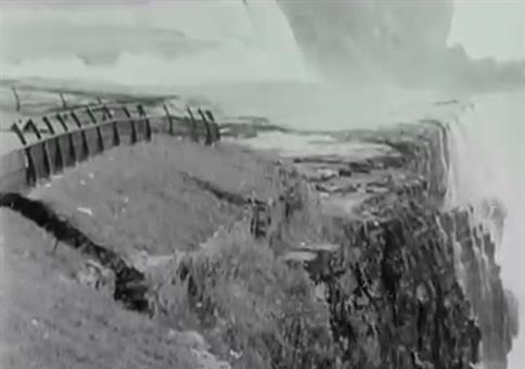 Als 1954 ein Teil der Niagara Fälle kollabierte