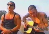 Red Hot Chili Peppers - Under the bridge Live Acoustic
