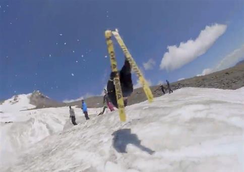 Nicht so tief Rüdiger beim Skifahren