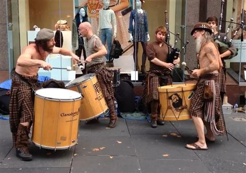 Scottish Drummers & Bagpipers