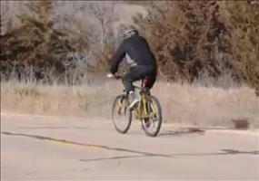 Radfahren bei starkem Wind