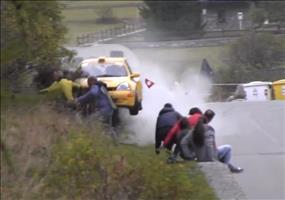 Schutzengelversammlung bei Rallye Crash
