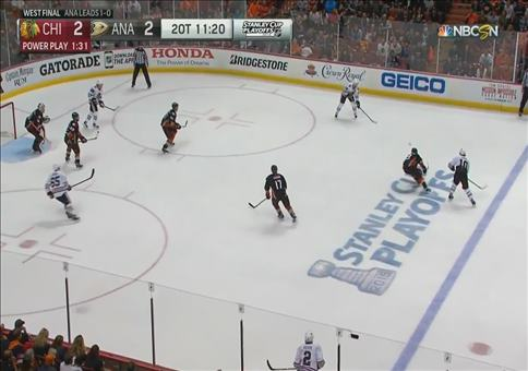 Kopfballtor beim Eishockey