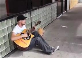 Spontane Jamsession in der Fußgängerzone