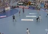 Kurioses Eigentor beim Handball