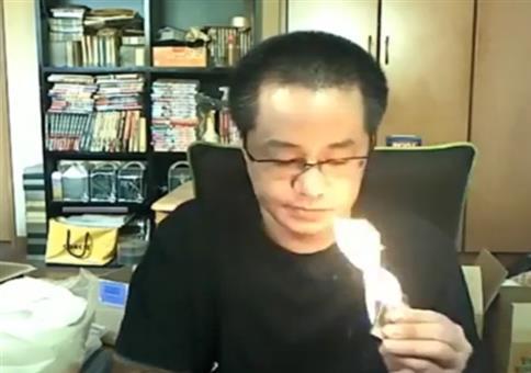 Kleines Feuerchen in der Wohnung