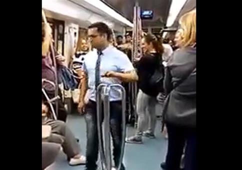 Barcelona: Richtig Stimmung in der U-Bahn