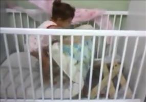 Ausbruch aus dem Kinderbett