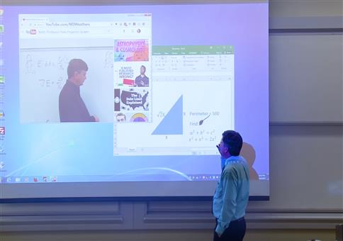 Mathe-Prof mit sehr gelungener Präsentation