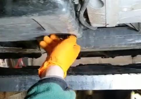 Das Frostschutzmittel ins falsche Loch gefüllt