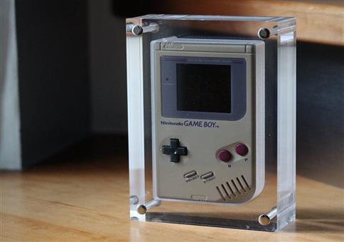 Acrylblock für den Gameboy