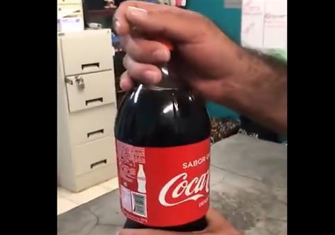 Eine tolle Colaflasche mit Geheimversteck