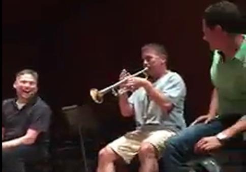 Stuhl-Trompete