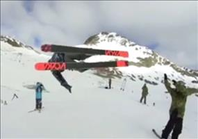 Fliegender HighFive beim Skifahren