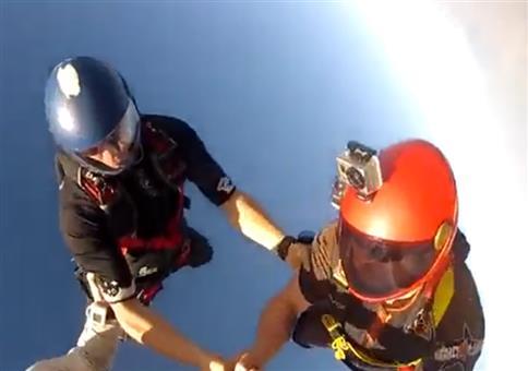Neulich beim Fallschirmspringen: Mal eben das Leben gerettet