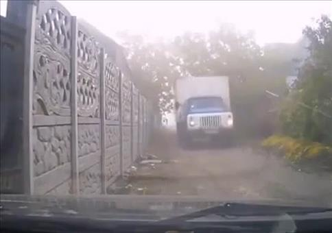 Erstmal den LKW durchlassen