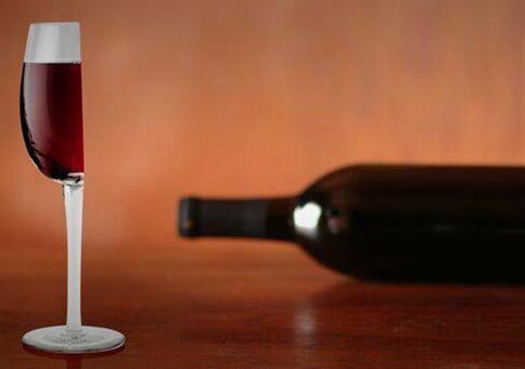 Nur ein halbes Glas Wein