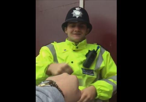 Englische Polizisten sind die besten