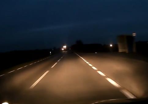 Aufgepasst bei Überlandfahrten im Dunkeln