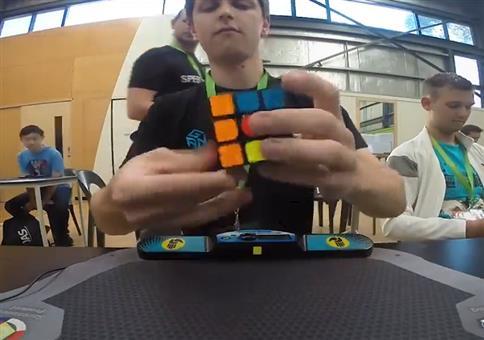 Große Freude beim Rubiks Weltrekord