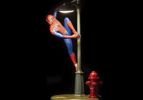 Eine verdammt coole Spider-Man Lampe