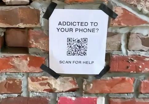 Smartphone Sucht? Dann scanne diesen QR Code!