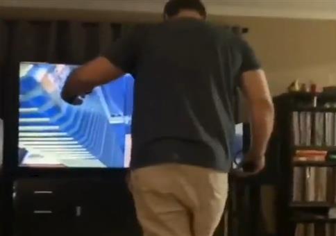 Der Sprung in den Fernseher