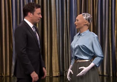 Jimmy Fallon spielt gegen Roboter Stein Schere Papier