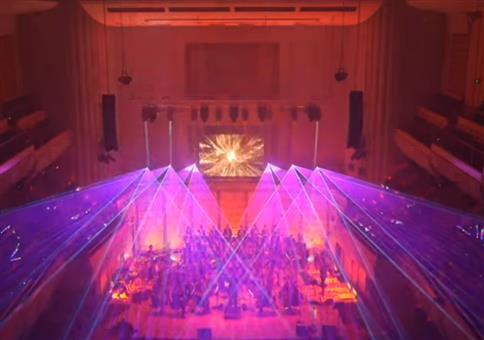 Orchester spielt Sandstorm von Darude