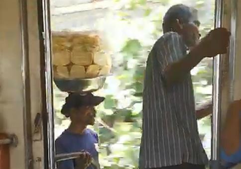 Der Ananas-Mann fährt mit dem Ananas-Express