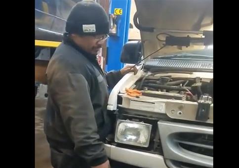 Das erste Mal den neuen Motor starten