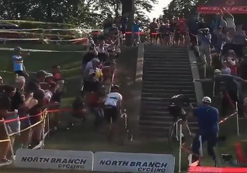 Neulich beim Radrennen: Wenn, dann richtig!