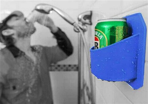 Schön unter der Dusche saufen!