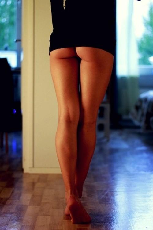 красивые ножки вид сзади фото раздвинув ветки, эвелин