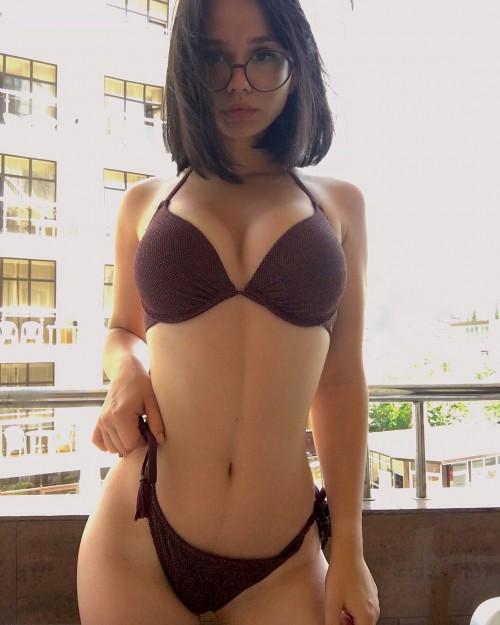 horni_babes298_04