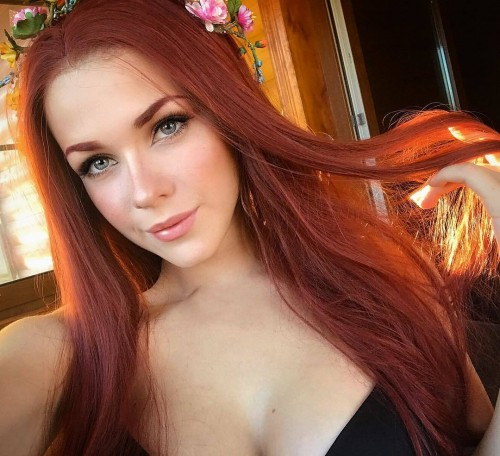 horni_babes370_red_27