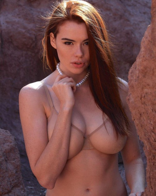 horni_babes410_red_30