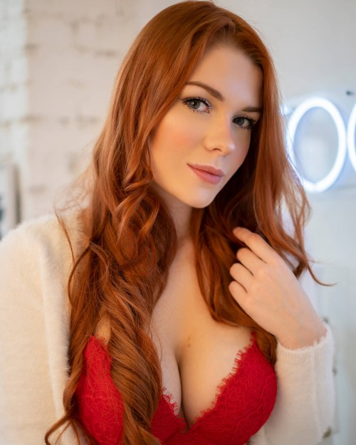horni_babes420_red_36