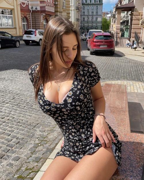 horni_babes429_23